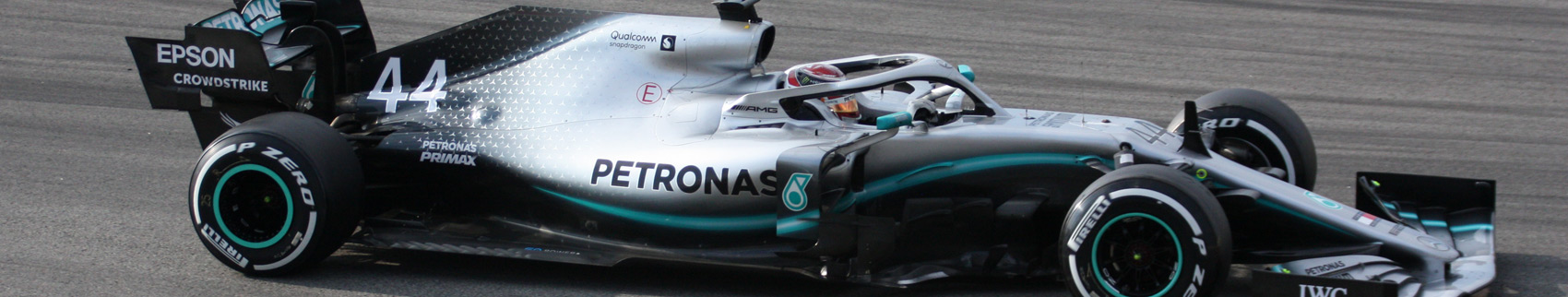 Mercedes china f1 brembo